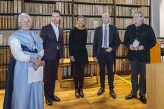 """Das IACC Kuratorium: Edda Mally - AUT, Alexander Karnutsch - IT, Stephan Bolli und Markus Anderegg - FI/ CH. Mitte: Anna Lena Hemgard"""